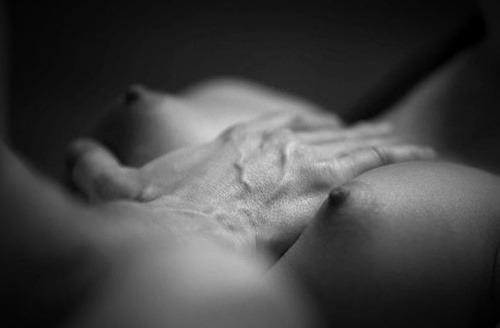 Erotismo en B/N.-