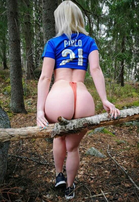 Culona en el bosque